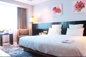 Novotel Balikpapan - Hotel Front