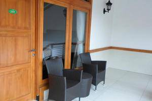Nice Guest House Bandung - Teras