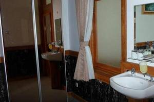 Nice Guest House Bandung - Kamar mandi