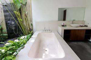 NIDA Rooms Bedugul Botanical Garden Bali - Kamar mandi