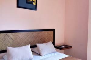DC Hotel Pramuka Jakarta - Standard Double Room
