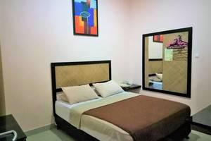 DC Hotel Pramuka Jakarta - Deluxe Double Room