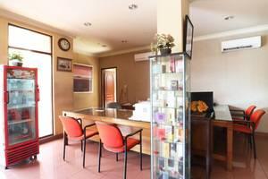 Hotel 678 Kemang Jakarta - FO
