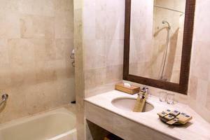 Toraja Heritage Hotel Rantepao - Kamar mandi