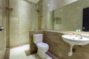 Hotel Sejati 1 Balikpapan - Bathroom