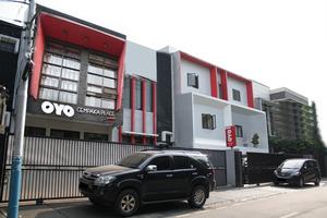 OYO 148 Cempaka Place Homestay Jakarta - Facade