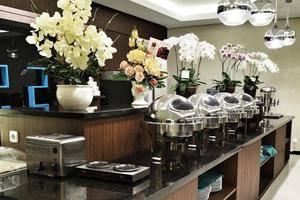 M Premiere Hotel Bandung - Buffet Banquet