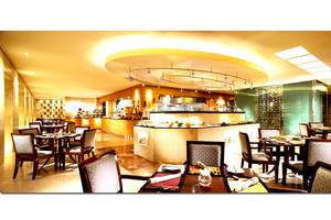 Hotel Borobudur Jakarta - Bogor Cafe