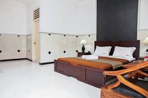 RedDoorz near City of Tomorrow Mall Gayungan -