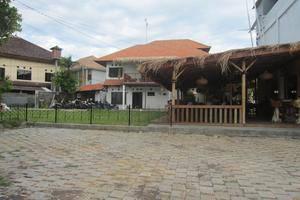 Bali Utopia Backpacker