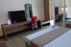 NIDA Rooms Yani 39 Cirebon - Kamar tamu