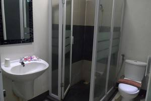 NIDA Rooms Yani 39 Cirebon - Kamar mandi