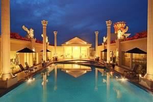 Harmoni One Convention Hotel Batam - Kolam Renang