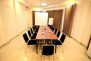Latief Inn Hotel Bandung - Ruang Rapat