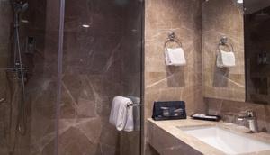 PSW Antasari Hotel Jakarta - Bathroom