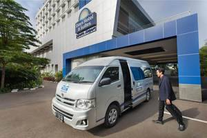 Days Hotel and Suites Jakarta Airport Tangerang - Hotel Transport