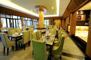 Puteri Gunung Hotel Lembang - Ruang makan