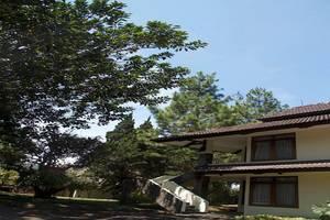 Puteri Gunung Hotel Lembang -