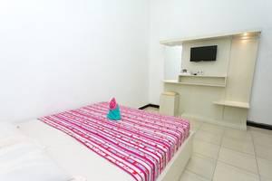 Batuque Town Villa Malang - room
