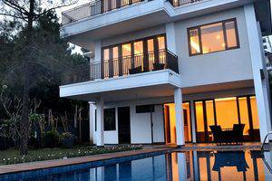 4 BR Pool Villa Dago City View