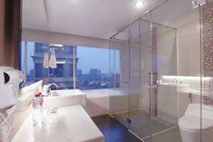 Quest Hotel Surabaya - Kamar Executive