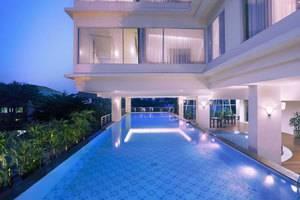 Quest Hotel Surabaya - Kolam Renang