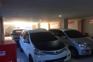 Setya Syariah Hotel Madiun - Area Parking