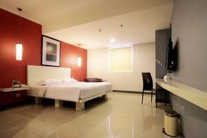 The Plaza Hotel Glodok - Deluxe Room