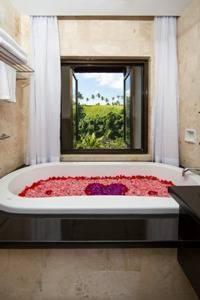 The Lokha Ubud - Suite Room