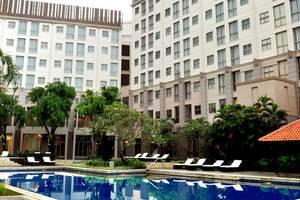 Discovery Hotel Ancol - Kolam Renang