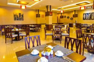 Noormans Hotel Semarang - De Combrang Resto