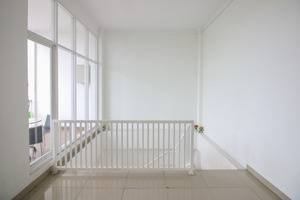 Golden Snail Guest House Balikpapan - Stairs