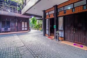 RedDoorz @Cilandak Timur Jakarta - Eksterior