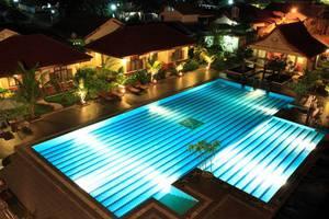 Hotel Grand Zuri Duri - Kolam Renang