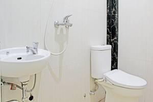 ZenRooms Tebet Utara Jakarta - Kamar mandi