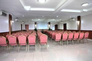 Hotel Cihampelas 3 Bandung - meeting room