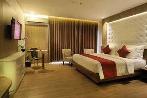 West Point Hotel Bandung - Kamar Tamu