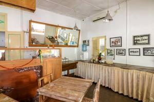 NIDA Rooms Agus Salim 40 Kraton - Restoran