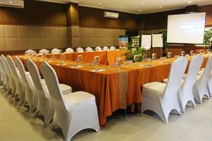 Queen of The South Hotel Parangtritis - ruang meeting