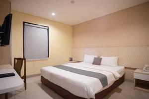 Igloo Hotel Bekasi - Room