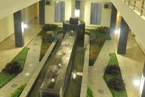 Regina Hotel Pemalang - interior
