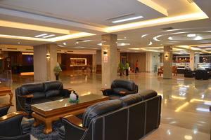 Regina Hotel Pemalang - Lobby