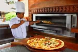 Nusa Dua Beach Hotel Bali - Pizza