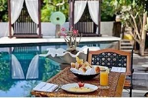 Marbella Pool Suites Seminyak - Layanan