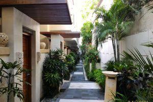 Marbella Pool Suites Seminyak - Surrounding