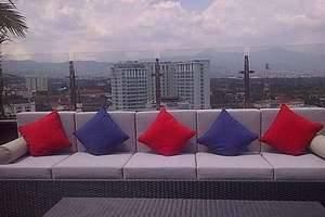 Gino Feruci Hotel Bandung - Sublime Skylounge