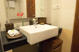 Royal Casa Ganesha Hotel & Spa Ubud Bali - Kamar mandi