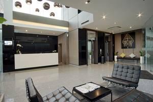 Whiz Prime Hotel Malioboro Yogyakarta - Lobby & Guest Lounge