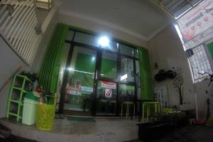 Tya Backpackers Malang - tampak depan tyabackpacker