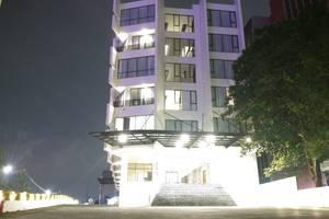 Rivoli Hotel Jakarta - Tampak depan